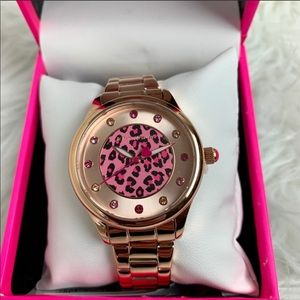 BETSEY JOHNSON Womens Rose Gold Watch Cheetah NWT